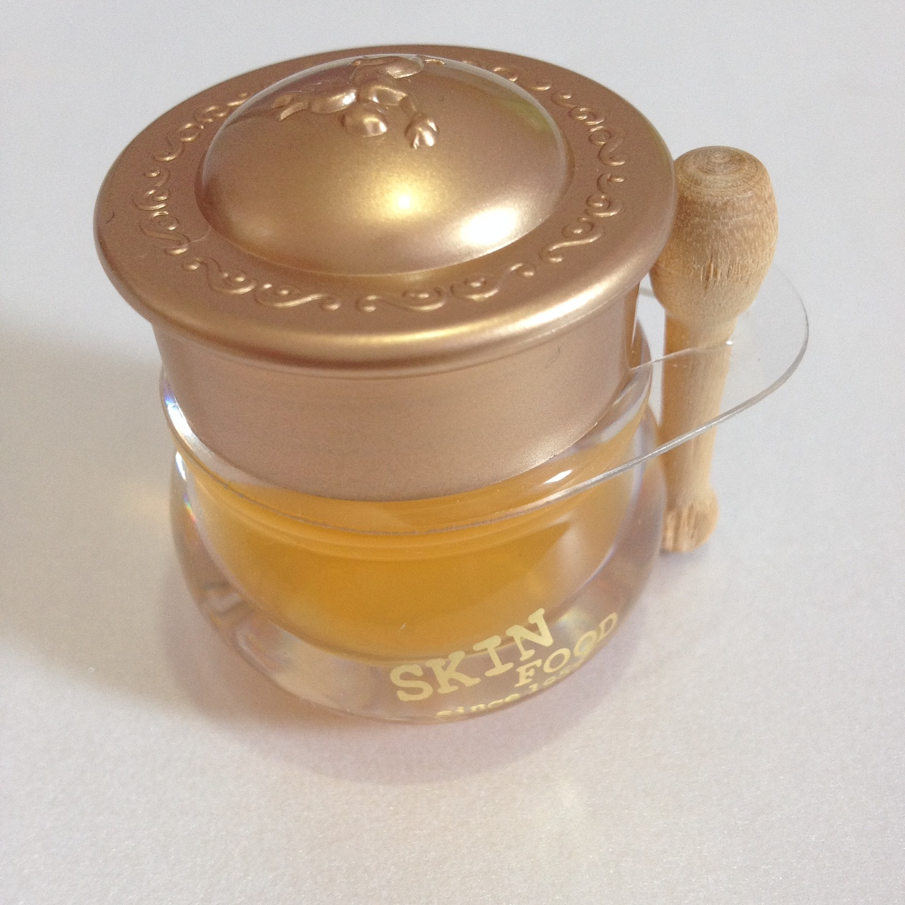 skin-food-honey-pot-lip-balm