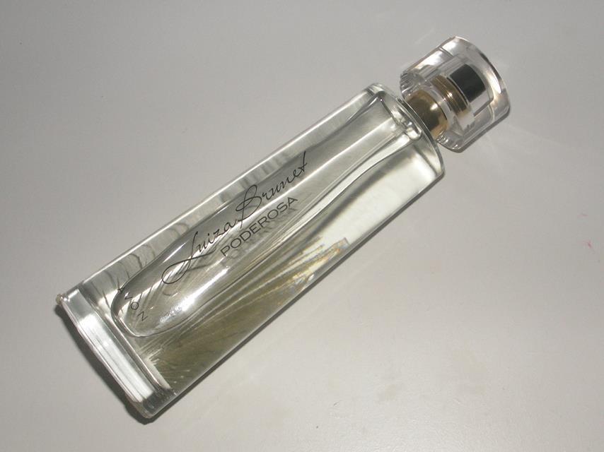 perfume-avon-poderosa-luiza-brunet